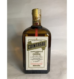 cointreau old release (70 80)